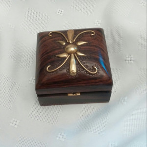 Tiny treasure box
